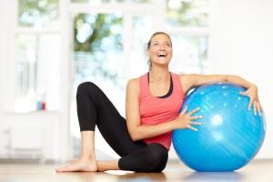 Pilates Complete jasmin skrattar vid boll