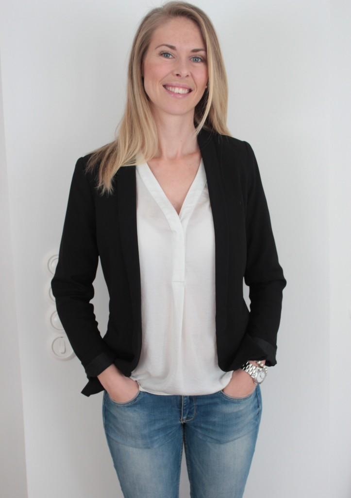 Rebecca Apelvi